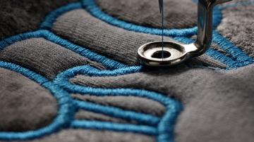 Bordados para Confección Textil. Realizamos Bordados para la Confección Textil personalizando todo tipo de prendas para nuestros clientes.