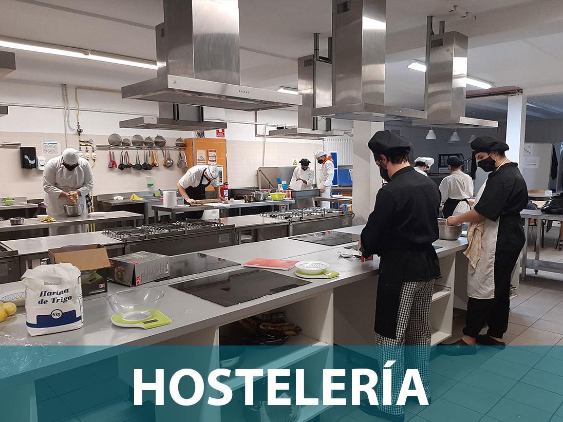 Ropa de Trabajo Personalizada Hostelería. En Hazlan Irun confeccionamos Ropa de Trabajo para Hostelería Personalizada. Llámanos para asesorar
